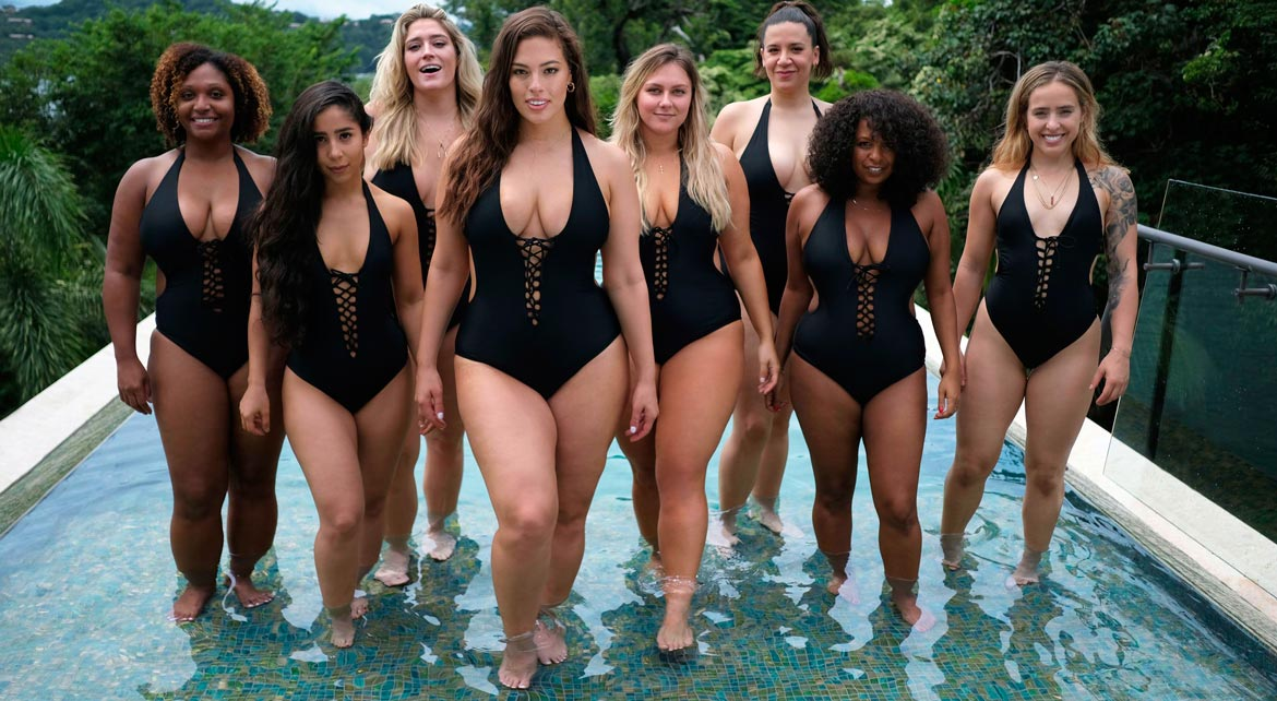 Black XXL Women in Swimsuits